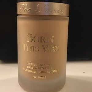 Too Faced Born This Way foundation Pearl